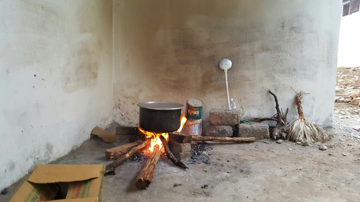 <span></span><div>Cooking okayu on fire outside the kitchen</div>