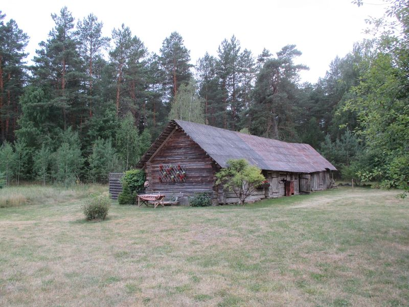<span></span><div>barn - now used for storage</div>