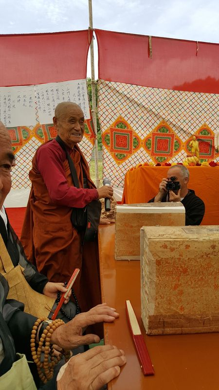 <span></span><div>Sasai Shurai praising Bodhi for his continued efforts</div>