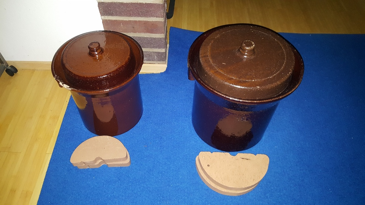 <span></span><div>Traditional pickling jars donated by Gertrud</div>