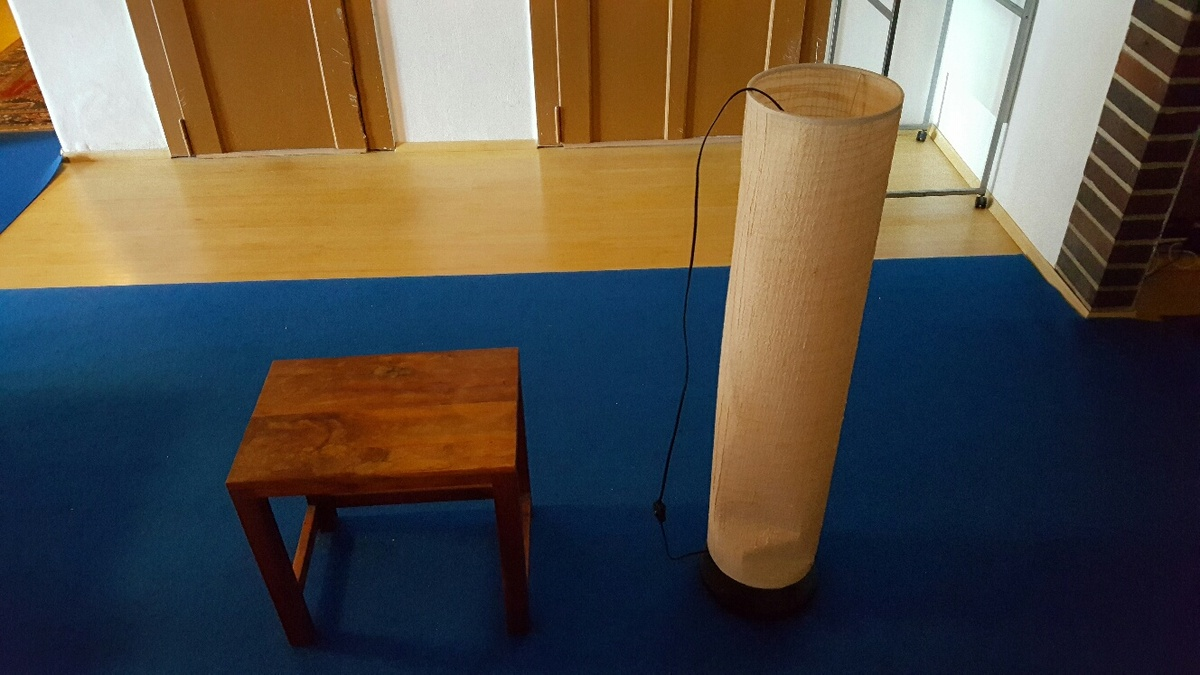 <span></span><div>Lamp and table donated by Kerstin</div>