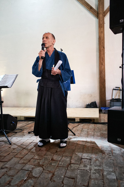 Genyu gives greetings - <span>representing the European Sangha</span>