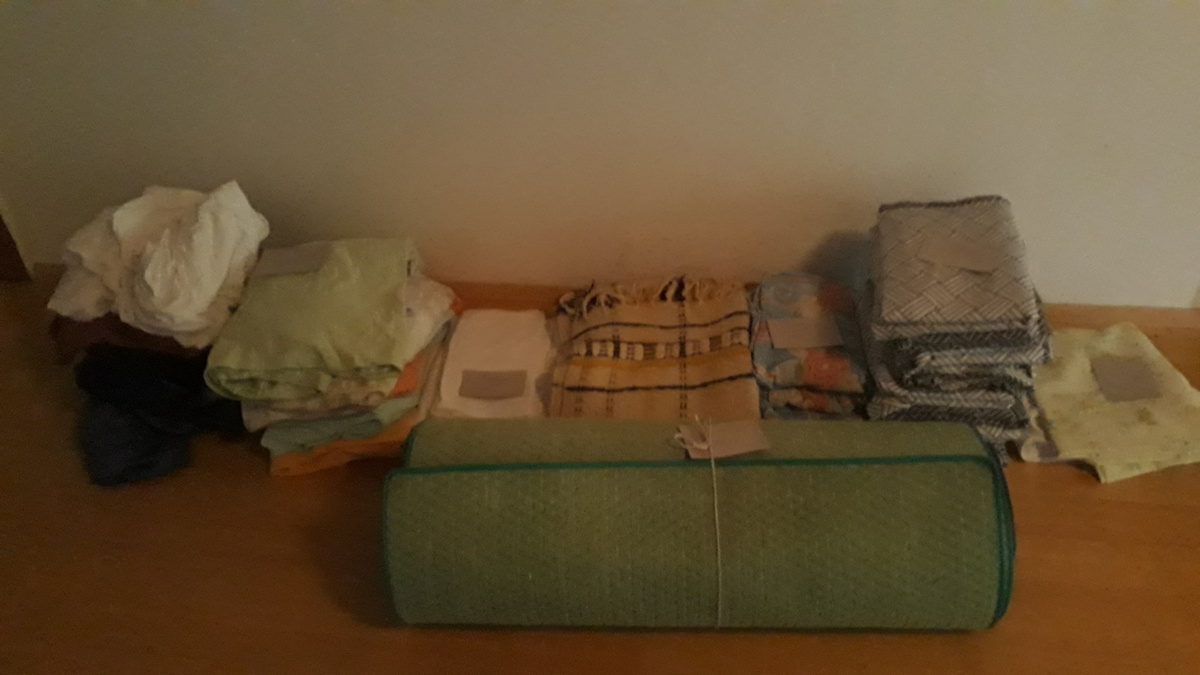 <span></span><div>Many donations of bedding from Evelin, Anne and Trees</div>