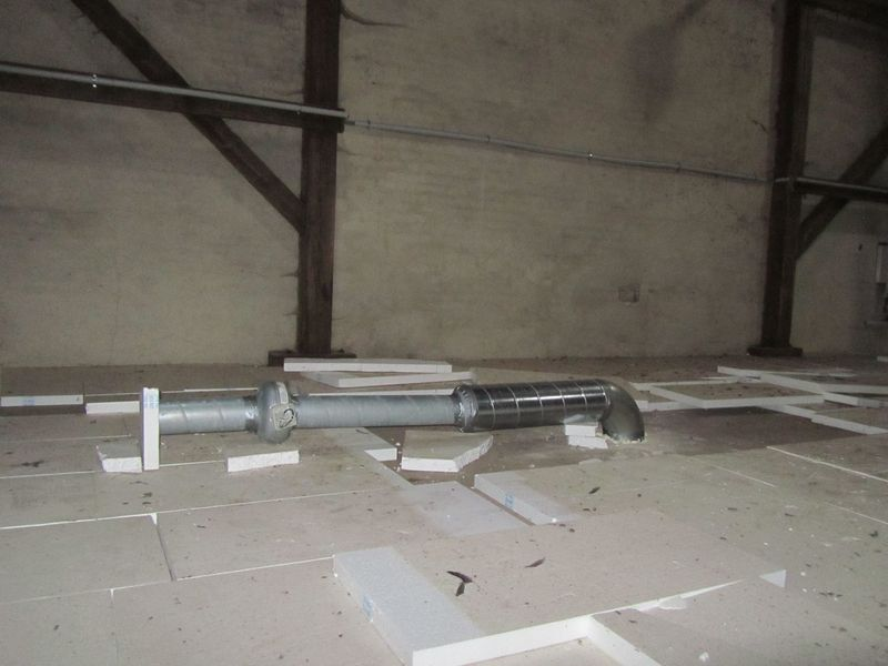Exhaustion pipe - <span>above kitchen connected</span>
